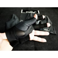 黑色半指.FURY原裝進口萊卡伸縮布三指手套.FURY-HBK3